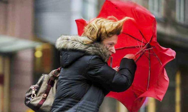 Maltempo, allerta vento per la giornata di domani 3 gennaio