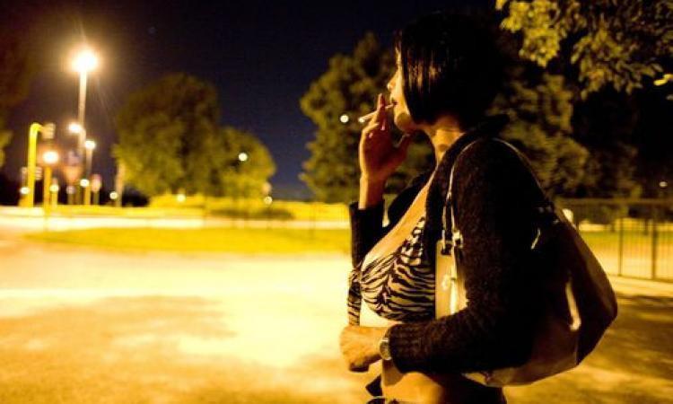 Civitanova: oltre al rischio malattie, minacce e sequestri per i clienti delle prostitute