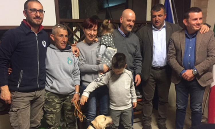 Il Rotary di Tolentino dona un labrador per la pet therapy