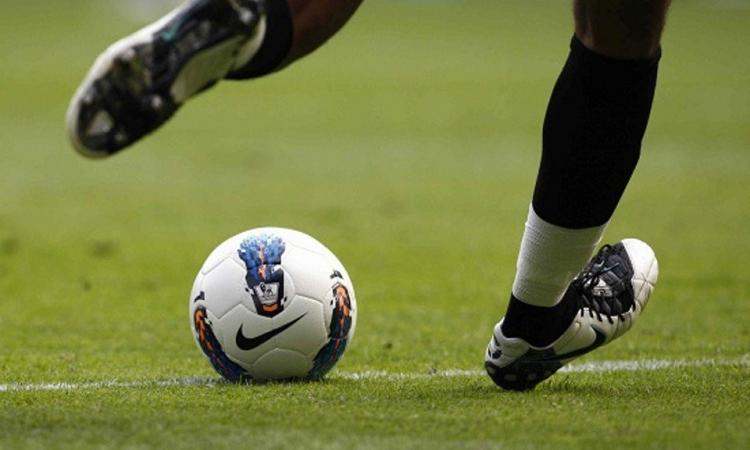 Serie A, dieci gare decisive per la salvezza del Cagliari: si parte con il Verona