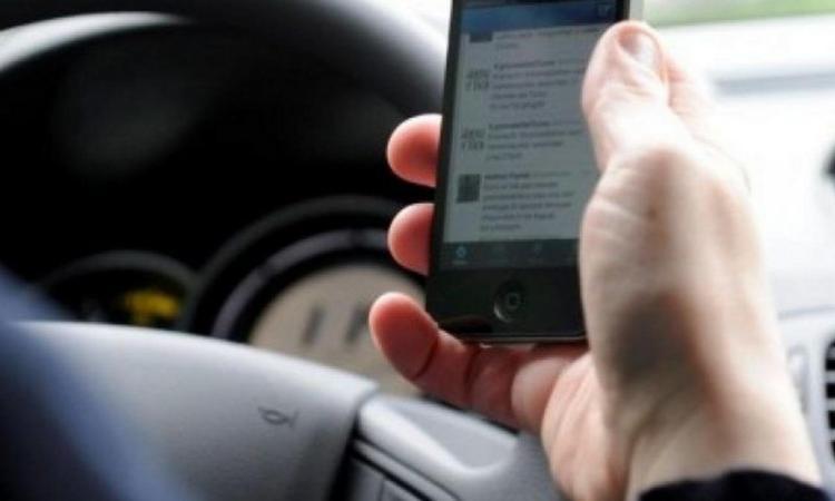 """La piaga dei servizi a pagamento """"abusivi"""" su smartphone e telefonini continua incessante: la Polizia Postale rilancia l'allerta"""