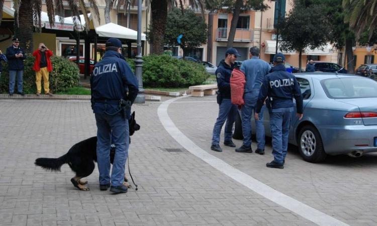 Civitanova, in manette il pusher della cocaina: é caccia ai clienti