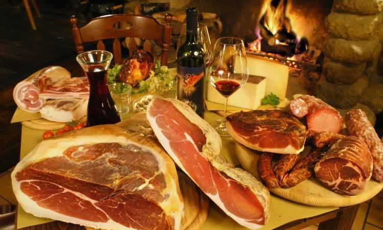 """Vissani, tutto pronto per il """"Festival dei sapori marchigiani"""" : quattro giorni dedicati a musica, cibo e sport"""