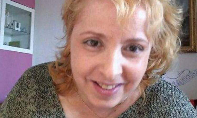 """Cristiana, disabile abbandonata: """"Indebitata per pagare l'assistenza che non mi viene data"""""""