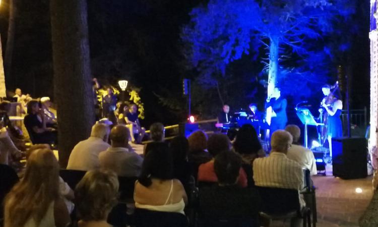 """""""Musica intorno"""" fa tappa a Caldarola e Camporotondo"""