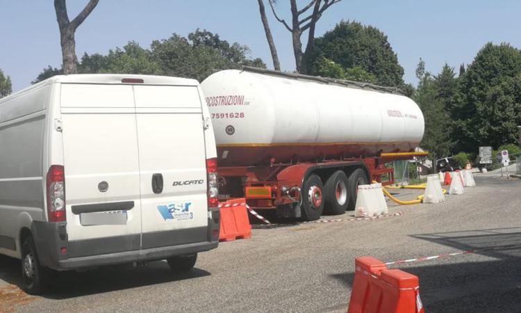 Ospedale di Macerata, acqua ancora non potabile a circa un mese dai lavori