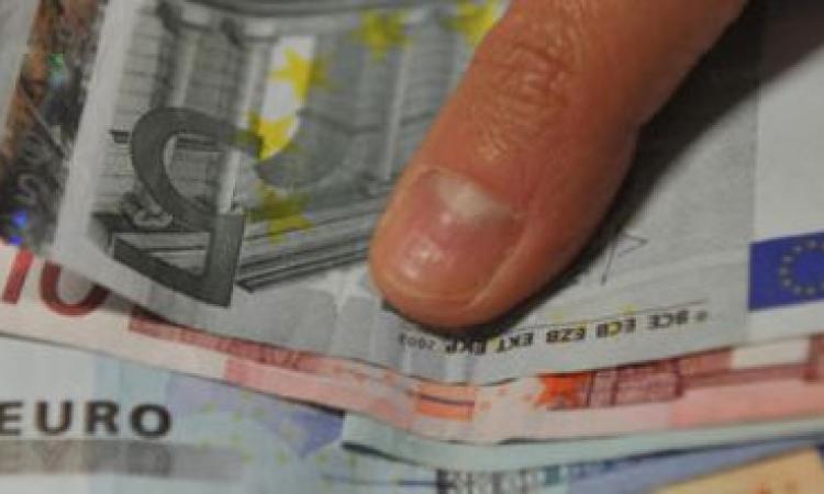 Percepivano indebitamente il CAS: denunciate 50 persone (300mila Euro). Sanzioni per 17mila e restituiti 23mila Euro