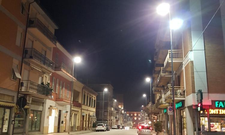 Castelraimondo sostituita con lampade a led parte dei corpi