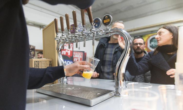"""Recanati, """"I maestri della birra"""": due giorni tra workshop, degustazioni, artigianato e mercatini"""