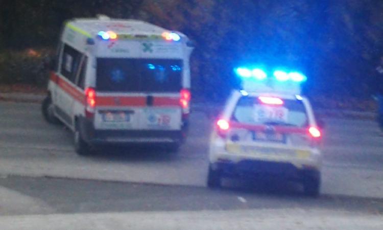 Mogliano, scontro tra due auto: quattro feriti