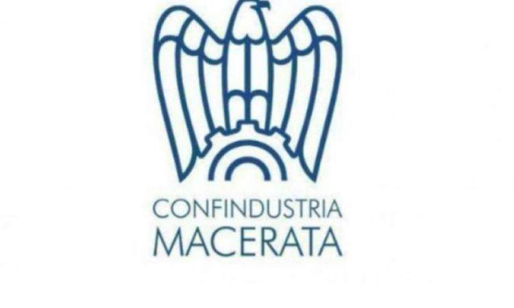 Macerata, Confindustria ricerca impiegato addetto a pratiche amministrative e contabilità