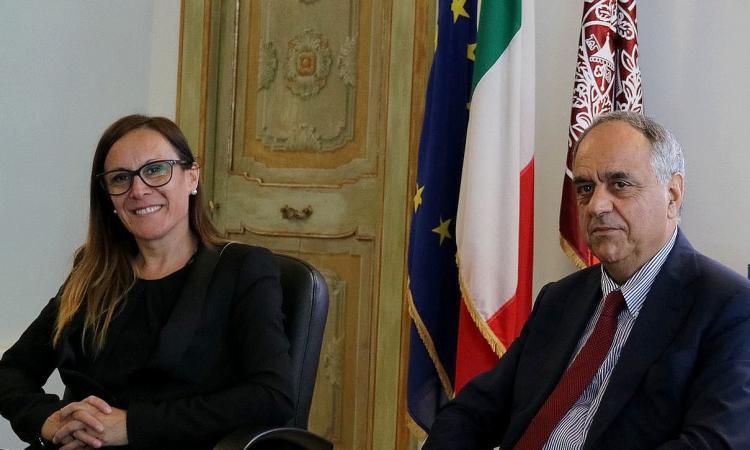 Accordo tra Unimc e l'Associazione Culturale calabrese Scholè per promuovere gli studi filosofici e umanistici