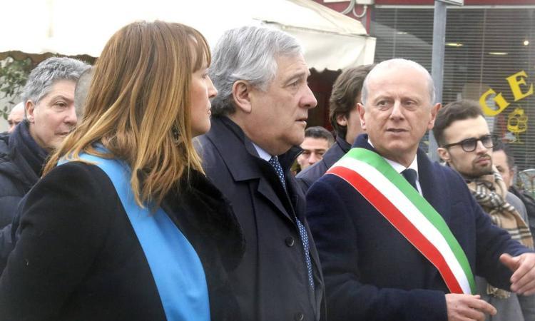 """Caldarola, inaugurata la nuova scuola: """"Grazie ai soci Coop. I giovani sono il nostro patrimonio"""". (FOTO E VIDEO)"""