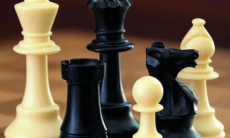 Nuovo appuntamento all'insegna degli scacchi al Pub2000 con il Circolo Scacchi Recanati