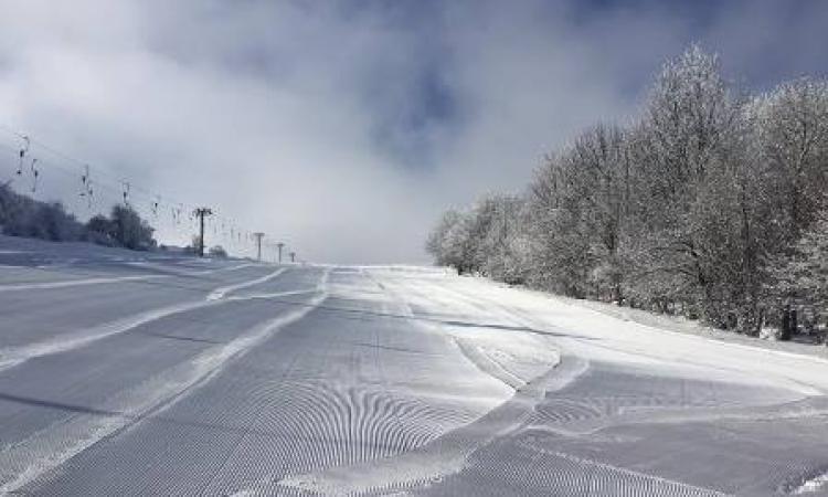 Incidente sulle piste da sci di Bolognola: interviene l'eliambulanza