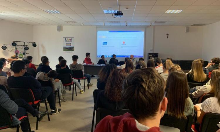 """Il progetto """"Donaction"""" fa tappa a Camerino: protagonisti gli studenti dell'Itc Antinori"""
