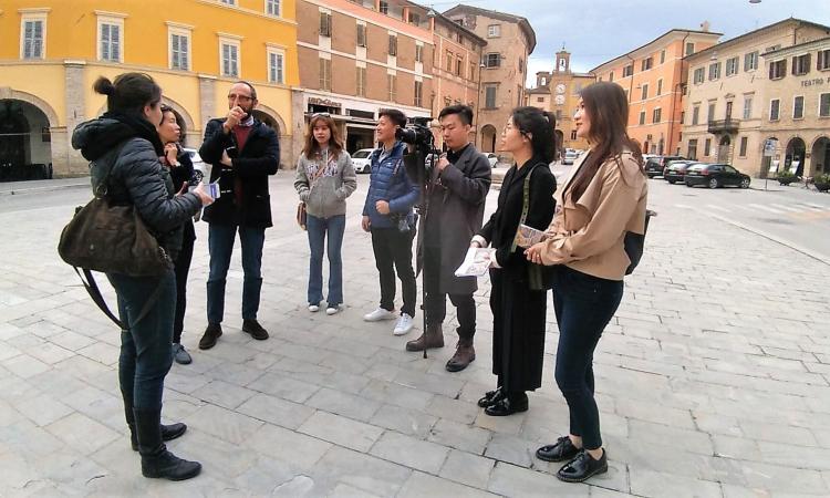 Terremoto e turismo: giornalisti cinesi in visita a San Severino per un progetto di rinascita dopo il sisma