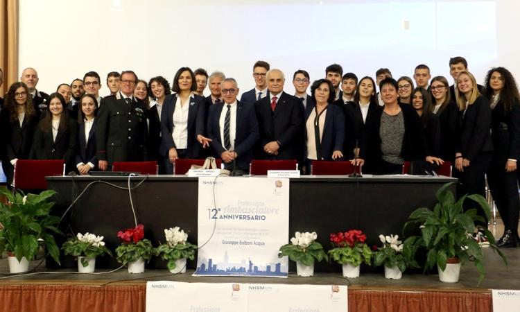 Macerata, gli studenti del Liceo scientifico Galilei incontrano l'ambasciatore Giuseppe Balboni Acqua (FOTO)