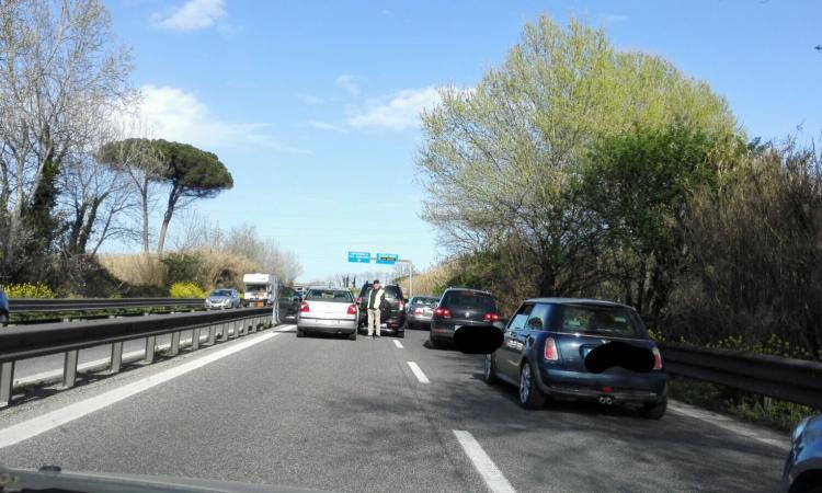 Civitanova, triplice incidente in superstrada: traffico bloccato in direzione mare