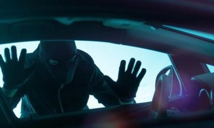 Civitanova, 10 furti messi a segno: scovati e denunciati ladri seriali di auto