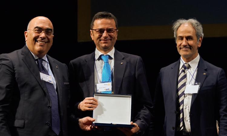 Macerata, al Teatro lauro Rossi il Forum sull'economia organizzato dal Rotary Club