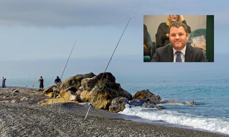Meno soldi e niente rimborsi per i pescatori: Micucci si oppone al declassamento delle pensioni