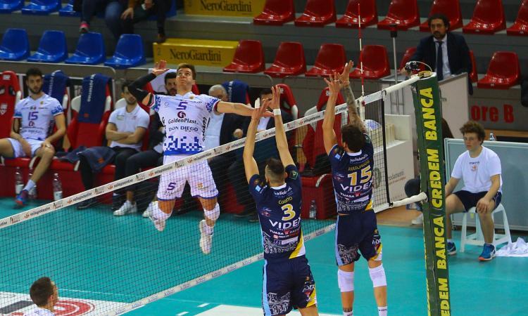 Il Volley Potentino supera Grottazzolina 3-1 in casa: il primo derby dei quarti parla biancazzurro