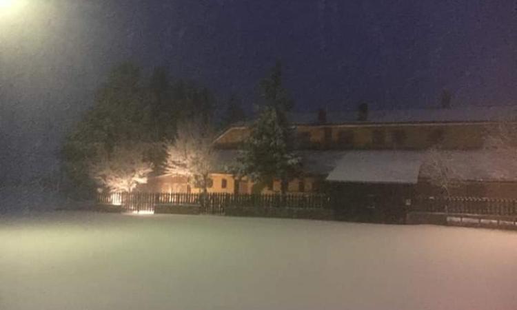 Aprile con la neve a Bolognola (FOTO)