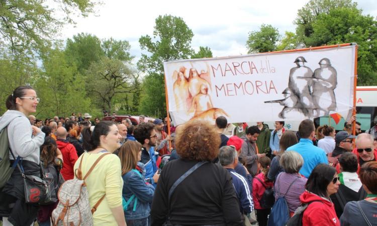 Eccidio di Montalto, per costruire il futuro bisogna conoscere il passato: anche i bambini alla Marcia della Memoria