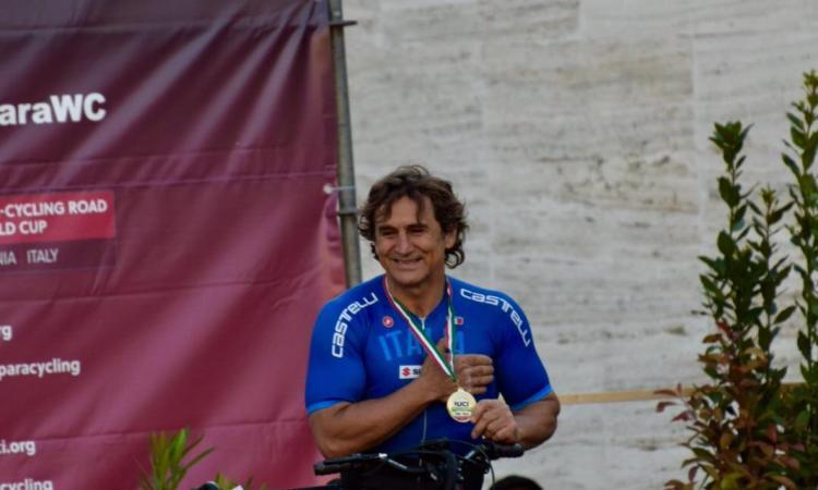 Corridonia, Coppa del Mondo paraciclismo: il foto-racconto dell'impresa di Alex Zanardi