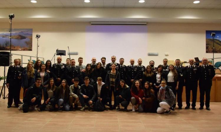 """Macerata, """"Un mondo a Regola d'arte"""": concluso il percorso formativo per gli studenti voluto dai Carabinieri"""