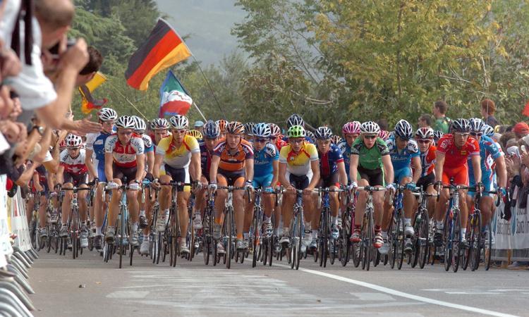 Passaggio del Giro d'Italia a Civitanova: chiusura anticipata delle scuole