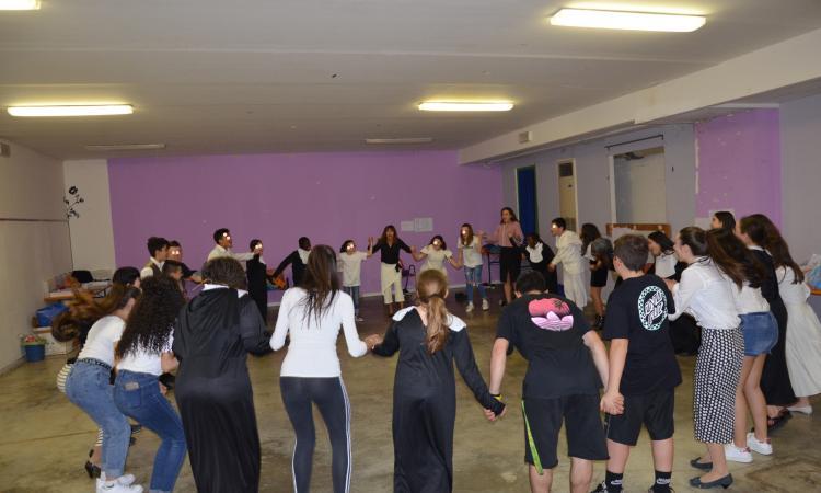 """In scena lo spettacolo teatrale """"Adotta...un fantasma"""" all'Istituto """"Don Bosco"""" di Tolentino"""