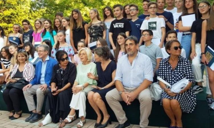 """San Severino, """"10 e lode"""": premiati gli studenti eccellenti di mezza provincia"""
