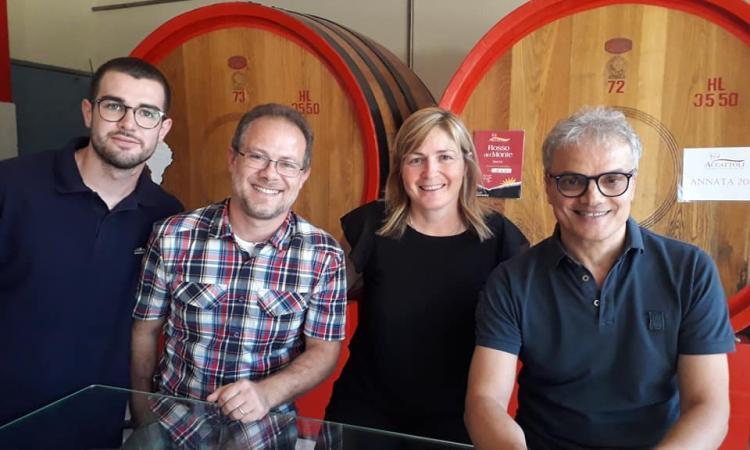 """Montefano, nasce il vino ispirato all'""""Infinito"""" della Casa Vinicola Accattoli"""