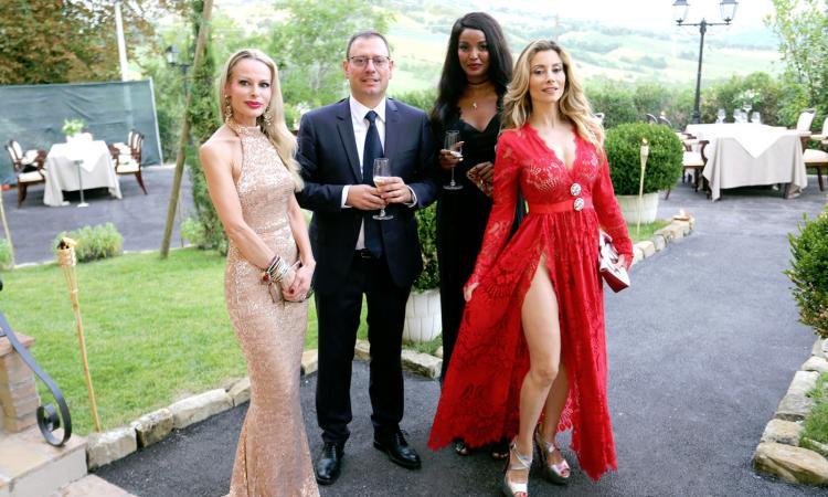 Penna San Giovanni, grande successo per la serata di beneficenza a Borgo Pilotti (FOTO)