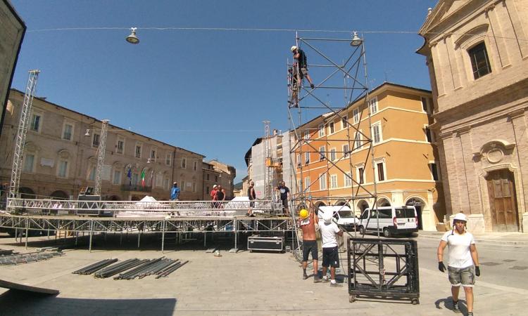 Concerto di Irama a San Severino Marche: come arrivare in piazza, i punti d'accesso