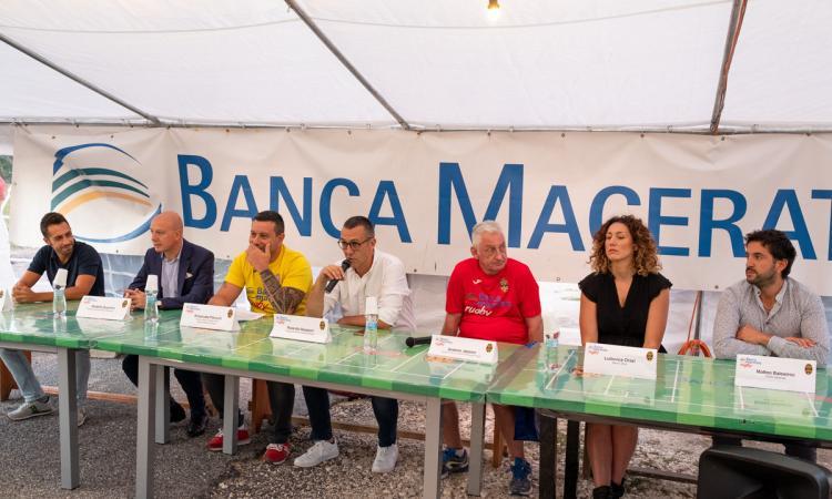 """Banca Macerata Rugby, presentata la stagione 2019/2020. Stoccata al sindaco: """"Promesse non mantenute"""""""