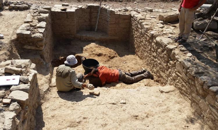 Antichi edifici pubblici a Creta, le ultime scoperte negli scavi degli archeologi UniMc