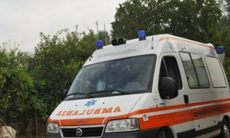 Tragedia a Camporotondo, 84enne si impicca: trovato senza vita