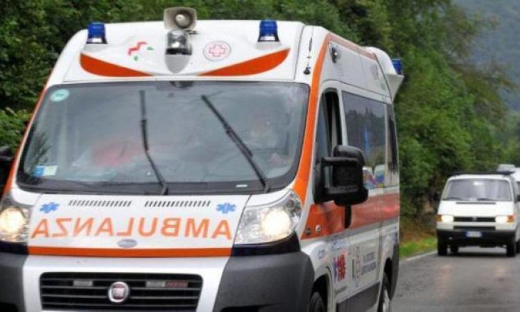 Tolentino, investimento in via Brodolini: donna al pronto soccorso
