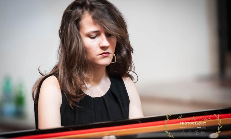 """Mogliano, la pianista Eloisa Cascio apre la seconda edizione di """"Vibrazioni Armoniche"""""""