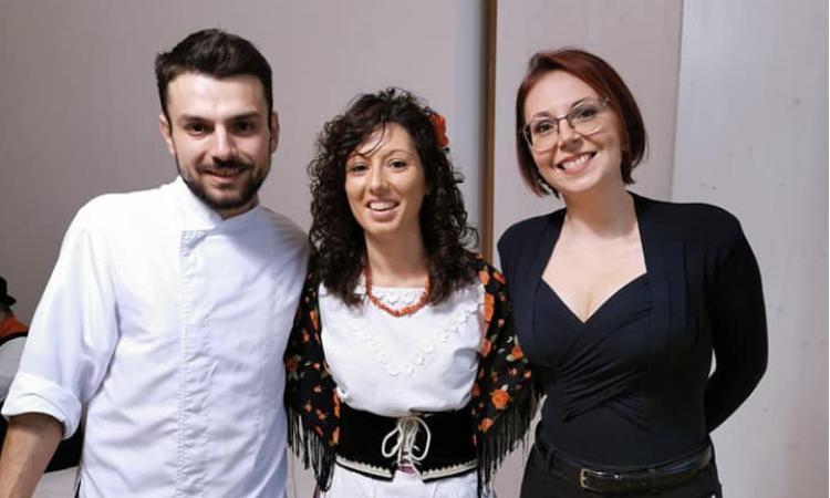 """Grande successo per """"Alle radici delle Marche"""" con lo chef Scipioni e l'artista Macchini"""