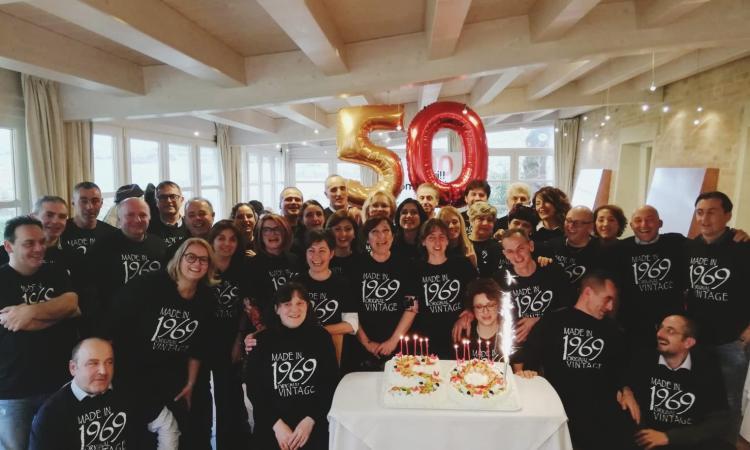 Festa dei cinquantenni a Camerino, tra loro anche il sindaco Sborgia
