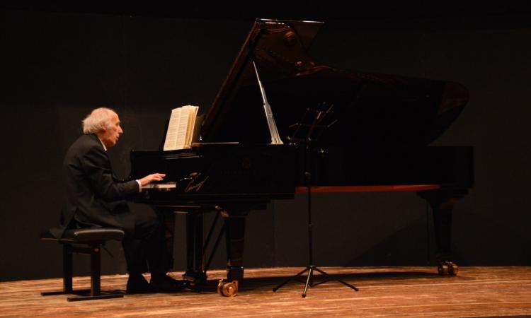 Bruno Canino, tra i maggiori pianisti italiani di tutti i tempi, in concerto al Politeama di Tolentino