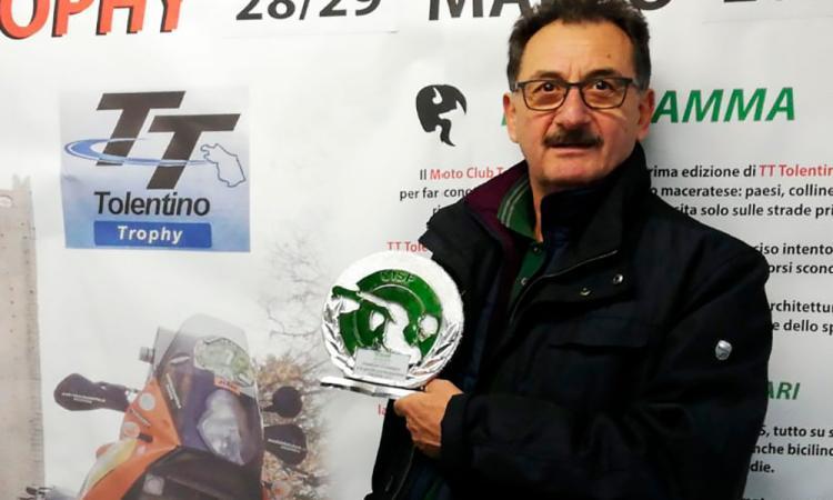 """Premio per il Moto Club Tolentino, Pezzanesi: """"Costante lavoro in favore degli sport motoristici"""""""