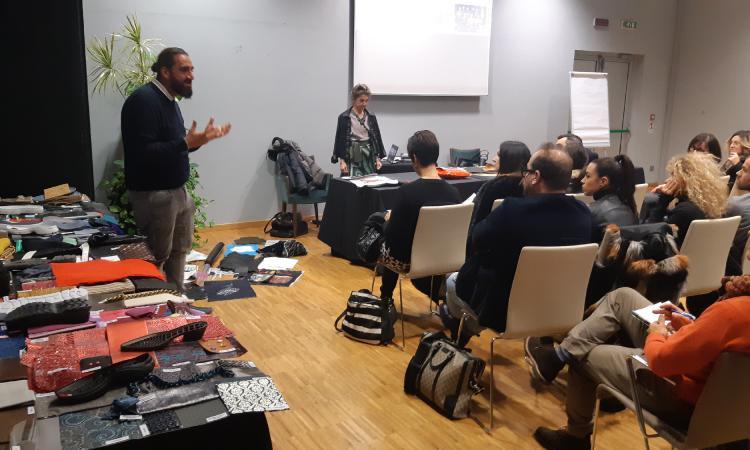 Sostenibilità e integrazione fra le aziende del fashion: workshop a Civitanova