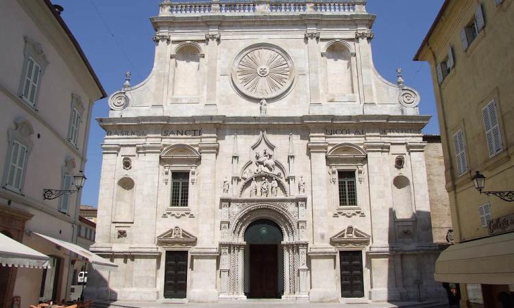 Tolentino, post-sisma: niente fondi per la ristrutturazione della Basilica di San Nicola