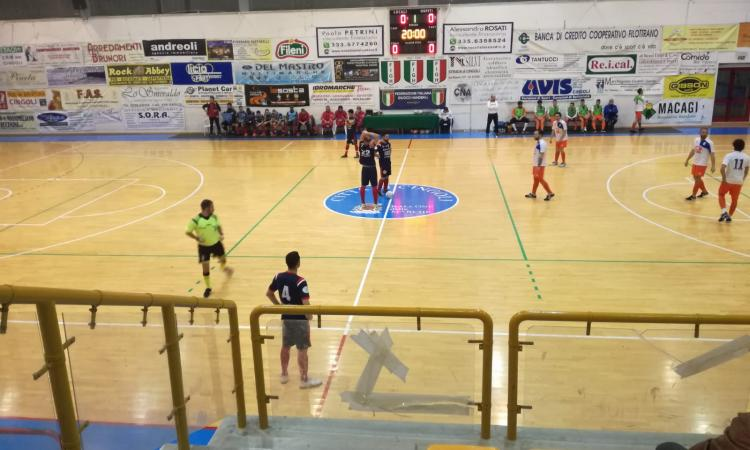Calcio a 5 serie C2, blando pareggio del Borgorosso Tolentino contro Avenale
