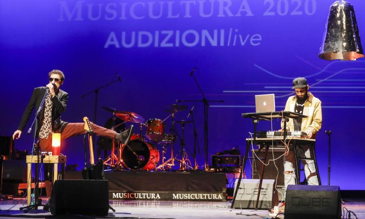 Musicultura 2020, Blindur vince il premio della giuria e Ernest Lo il premio del pubblico social